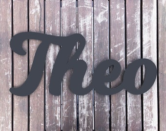 Individual lettering in charcoal anthracite