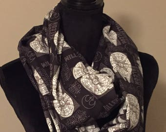 Ladies' Star Wars Millenium Falcon Infinity Scarf
