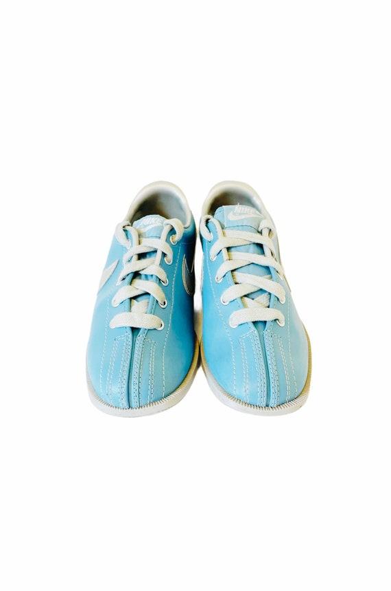 VTG 80's NIKE Women's 6 Blue Bowling Shoes