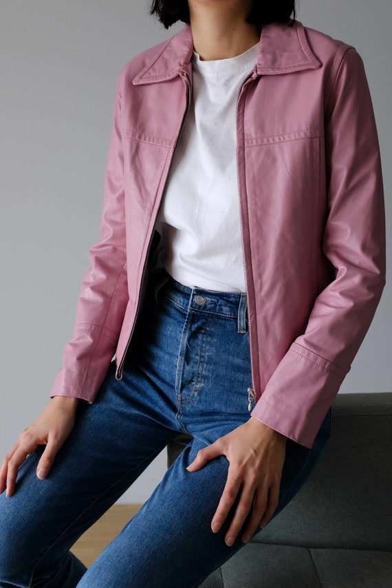 Classic sporty real leather jacket in pink