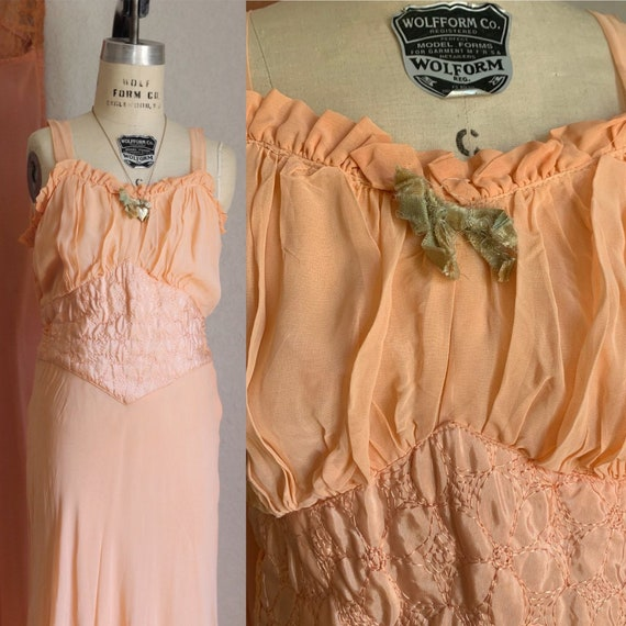 vintage 1930s 40s peach slip dress / vintage 30s s
