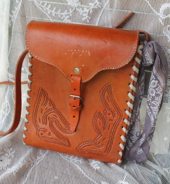 Vintage tooled leather purse, hand tooled leather