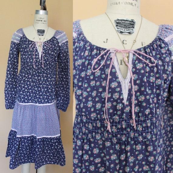 vintage 70s prairie dress / vintage calico prairie