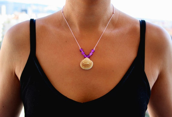 Macrame necklace with silver inserts Shells