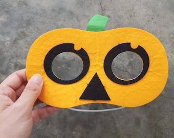 DIY Felt Pumpkin Mask