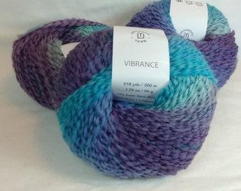 BLUE RASPBERRY BURST Colorway of Universal Vibrance Balls- #1 Super Fine  1.75oz/50g - 218 Yds/200m - 73%/24/3 Super Wash Wool/Nylon/Poly