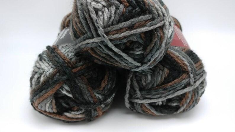ASHES Charisma Yarn by Loops & Threads - Bulky #5 - 109 yds / 3 5 oz -  Acrylic
