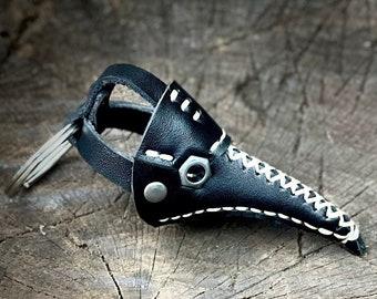 Plague Doctor Keychain, Tiny Plague Doctor Mask Key fob, Halloween gift