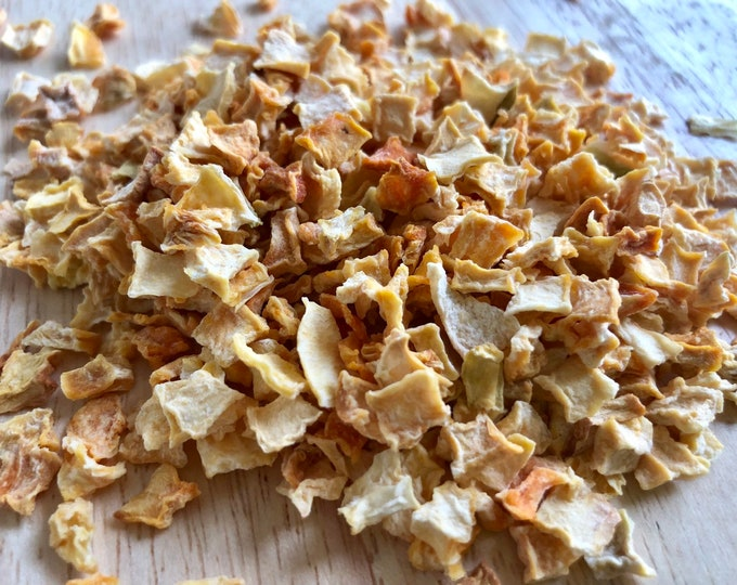 Speers Hoff Pumpkin Flakes / Healthy Treats for Small Animals / Guinea Pig Treat / Rabbit Treat