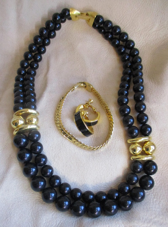 earrings SSetN101 Authentic designer Vintage Estate Sale Jewelry items Bold /& Gold Designer set: Collectible Napier necklace bracelet