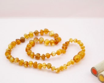 Amber Necklace for little girl or little boy. Amber healing necklace. High polished amber necklace. Amber teething necklace