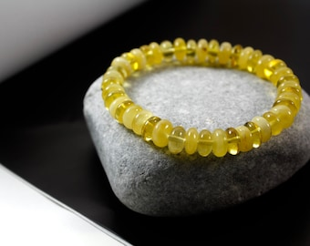 Exclusive, Unique shaped, natural Baltic Amber bracelet.