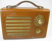 DeVille USA Leather Bound 7 Transistor Radio with handle