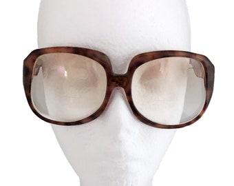 bcbd210356e Vintage Yves Saint Laurent glasses