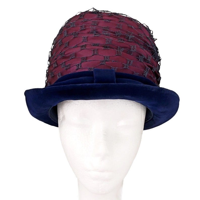 vintage accessories purple with blue velvet 1960/'s ladies hat brimmed cloche Vintage hat church hat