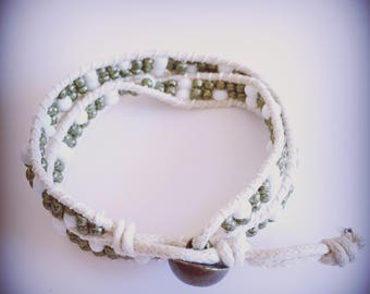 Bracelet beige and khaki