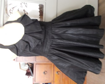 Cotton spandex dress size 36 aspect distressed leather or waxed cotton look