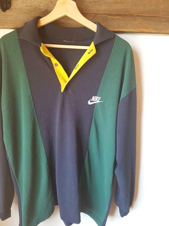 Old school Nike sweater