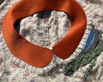 Reversible velveteen Peter Pan collar