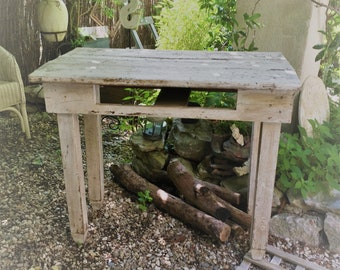 Weathered shabby side table / French hand-made table
