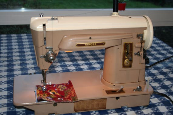 Singer Sewing Machine 40 Vintage All Metal Gears Etsy Adorable Metal Singer Sewing Machine
