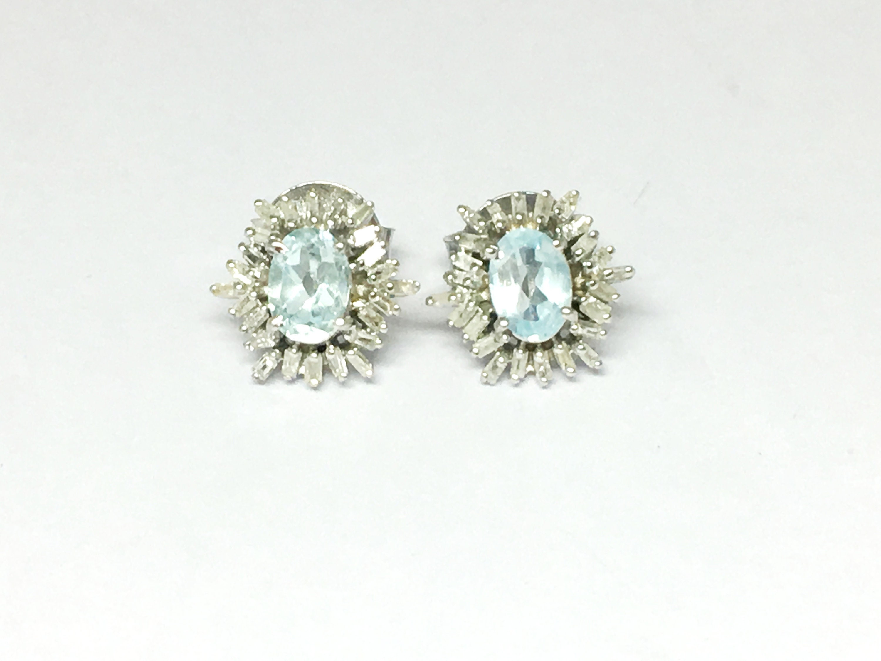 Sterling Silver 925 Blue Topaz Stud Earring with Diamond