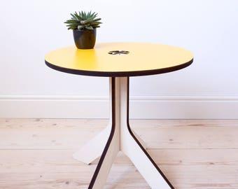 YOYdesign side table - Ochreous