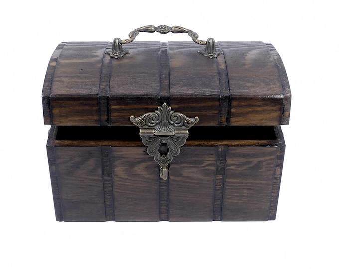 Mystical Wood Chest   Casket   Box   Decoration