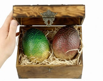 Large DragonEggs Red & Green in Flamed Wooden Chest | Dragon Eggs in a wooden Box | Game of Thrones inspired