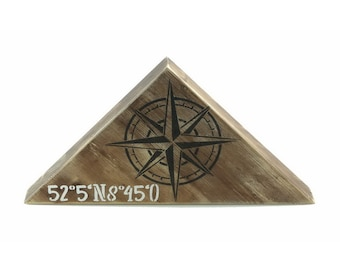Wooden stand in maritime look | Compass Rose | Wall Decoration | Residential decoration