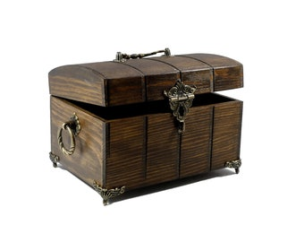 Mystical Wooden Chest with Feet | Casket | Box | Decoration