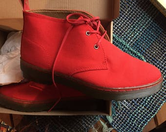 Dr Martens Brand New in box Sz 7