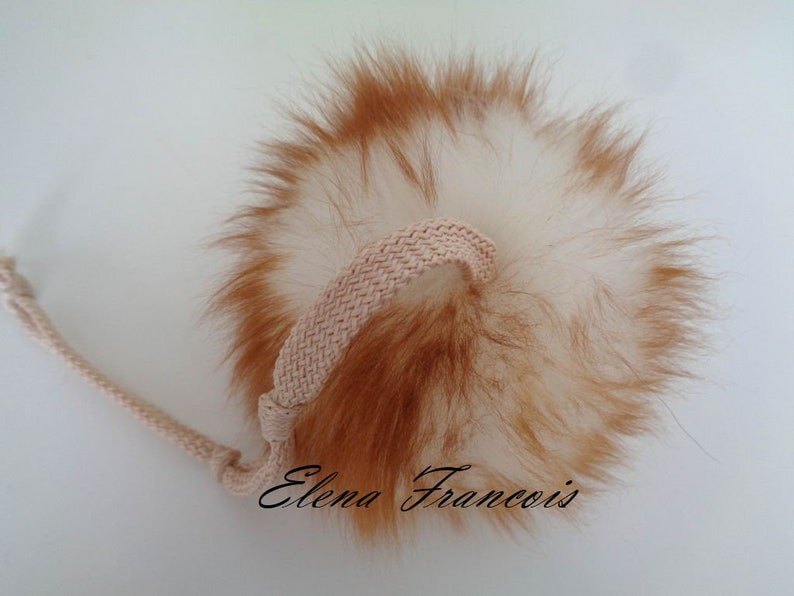 Cats Toy Ball FurBall Lambskin Ball Stable New Bommel with Bow