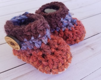 Infant Booties , crochet baby booties, baby boys booties, socks, newborn footwear, baby gift, new baby, baby shower gift, newborn boy gift