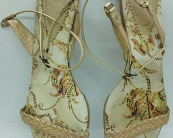 8c9f1cca8 Just Cavalli Woman s Gold Leather Shoes Sandals Size 39 EU.
