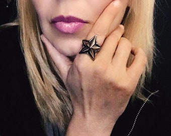 NIGHT collection - star ring