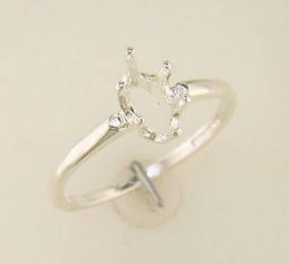 Sterling Silver Yellow 10x5 Marquise Gemstone /& Round Created White Sapphire Ring