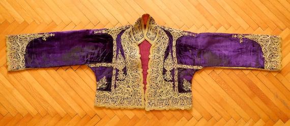 Ottoman Metallic Embroiderd Vest