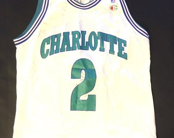 Larry Johnson Autograph Charlotte Hornets size large (44) Authenticated  Vintage champion 90s Jersey 3e148618d