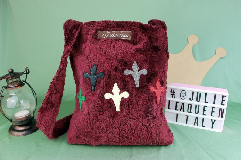 Handmade handbag in medieval style with lily applied in felt image 0