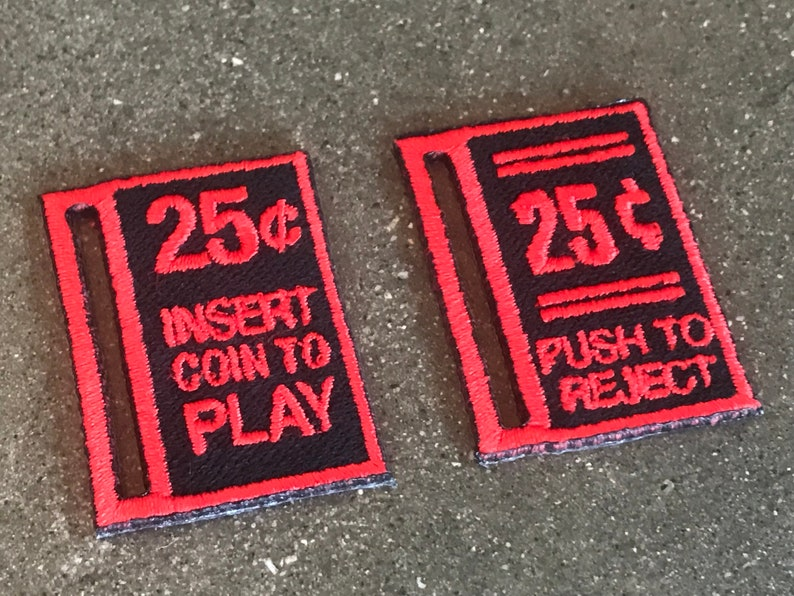 Life-Size 25 Cents Insert Coin To Play Iron-On Patch / Push to image 0