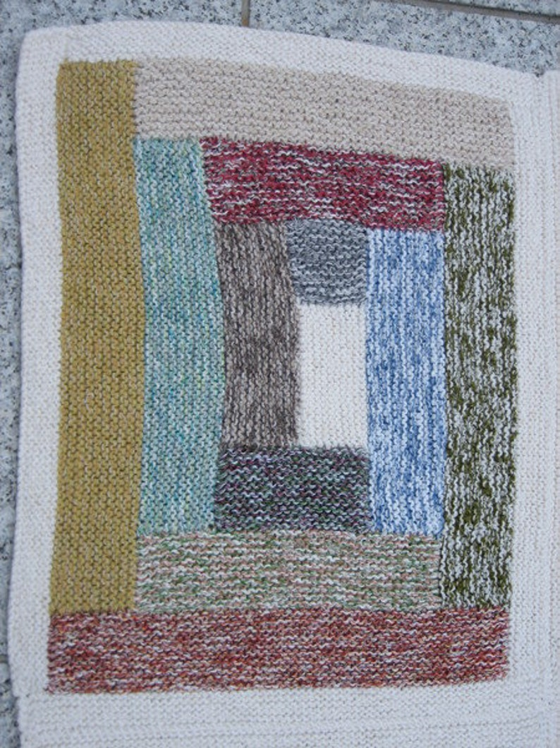 Hand knitted colorful Patchworkdecke 160 x 95 cm