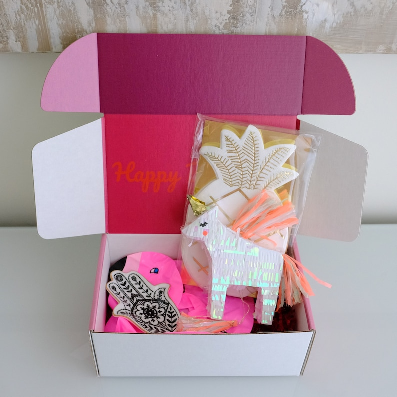 Personalized Birthday Gift For Her Sister Best Friend Daughter Basket Surprise Box Women Gifts