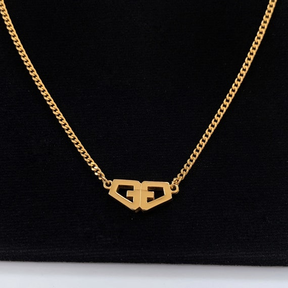 GIVENCHY Vintage GG gold pendant Necklace