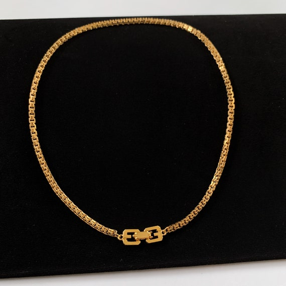 GIVENCHY Vintage Snake Chain Chocker Necklace