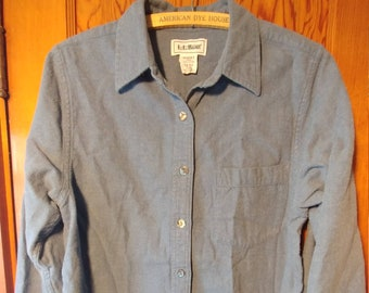 36bbdb579f659 L.L.Bean Women s Cotton Button Down Fannel Shirt    Size Small   Slate Blue  Gray   Mother of Pearl Abalone buttons   Long sleeve cozy