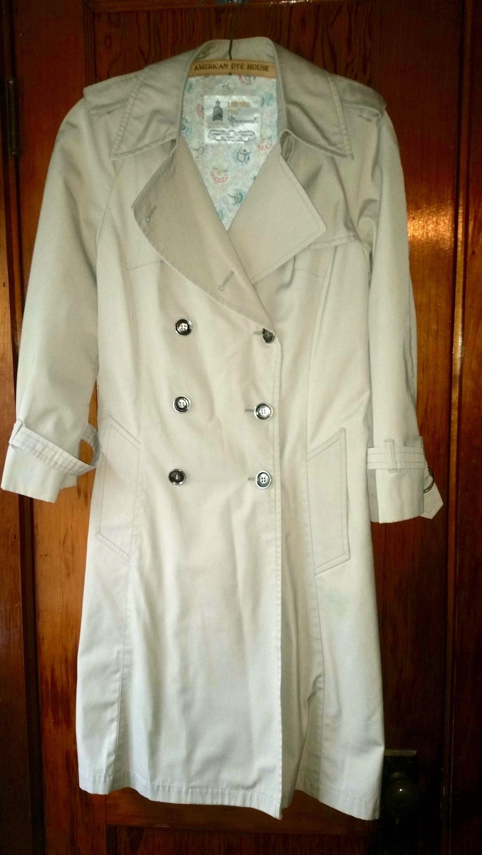 502e06875 Vintage London Fog Trench Coat // Ladies Size 8 P Tan Long / Rain Jacket  Waterproof Raincoat