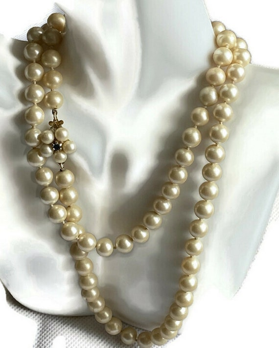 Pearl Blue Paste Clasp Necklace