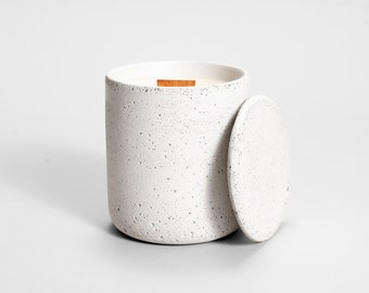 Straciatella soy candle | Medio | organic soy candles in concrete vessel | beton | hand poured | vegan | reusable container | eco friendly