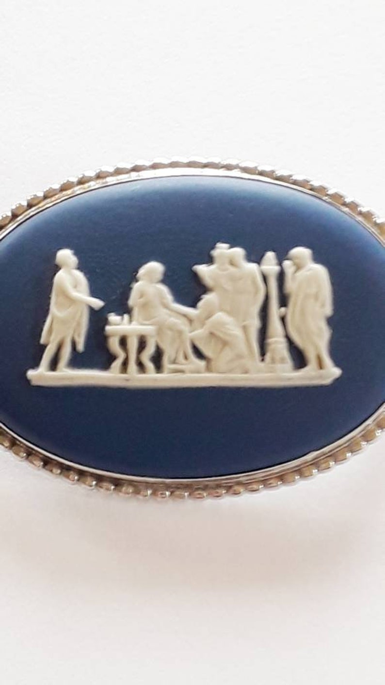 Classical /'Priam Begging Achilles/' Original Box Fully Hallmarked Sterling Silver Wedgwood 1978 Royal Blue Jasperware Cameo Large Brooch
